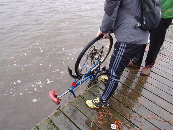 Bike caught during magnet fishing